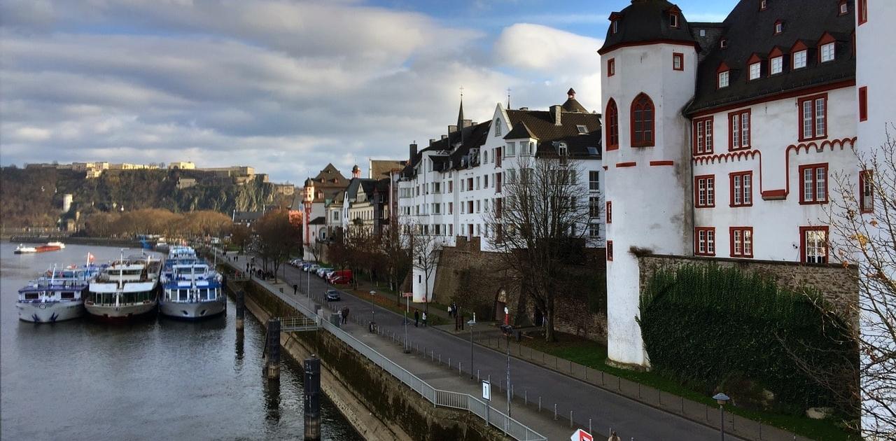 Deutschlands Trauredner aus Koblenz
